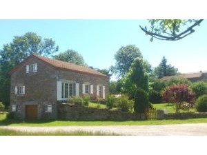 Huis SAUGUES Massif Central