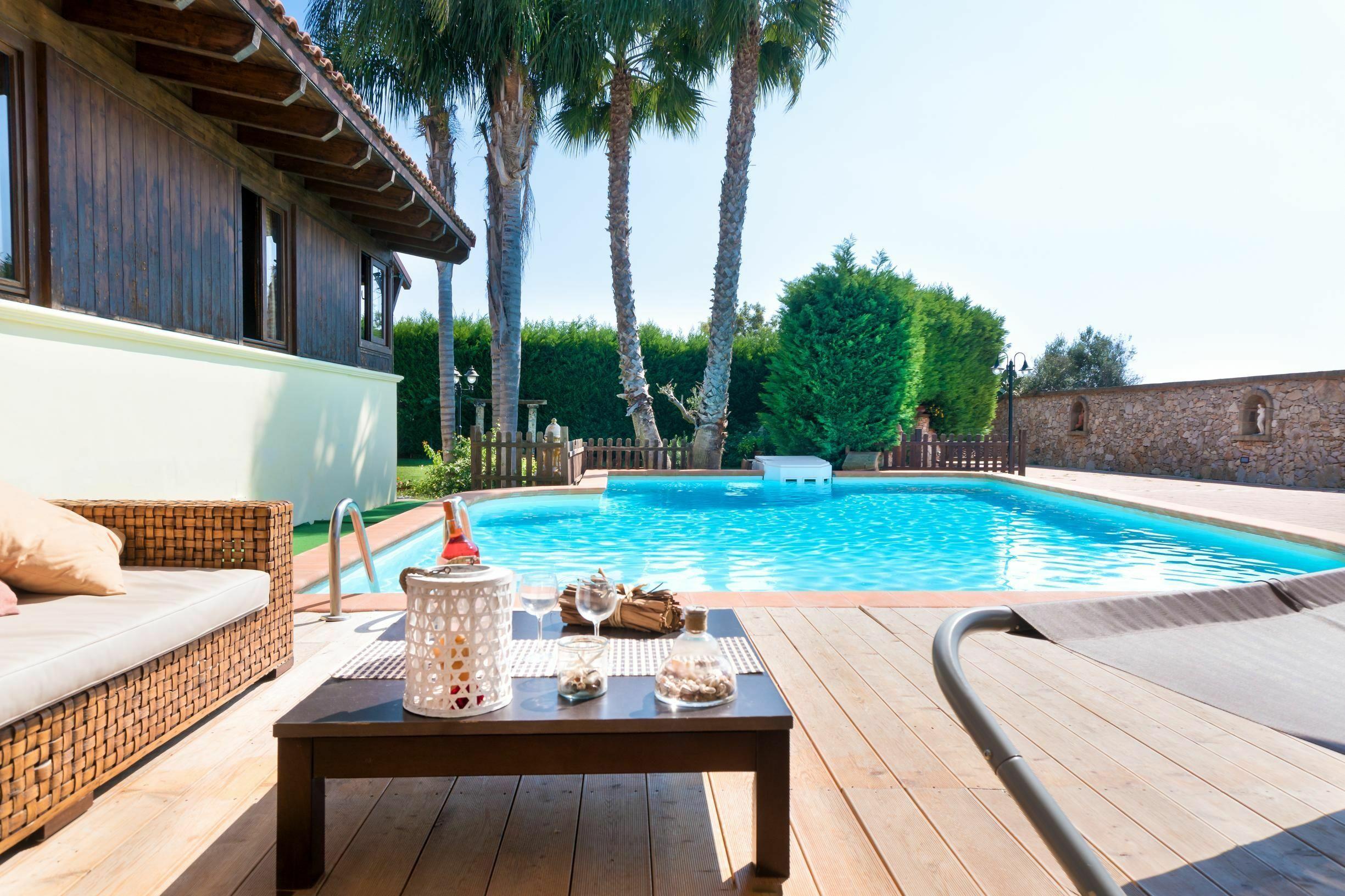Luxury Pool Chalet Marina Di Mancaversa-giannelli