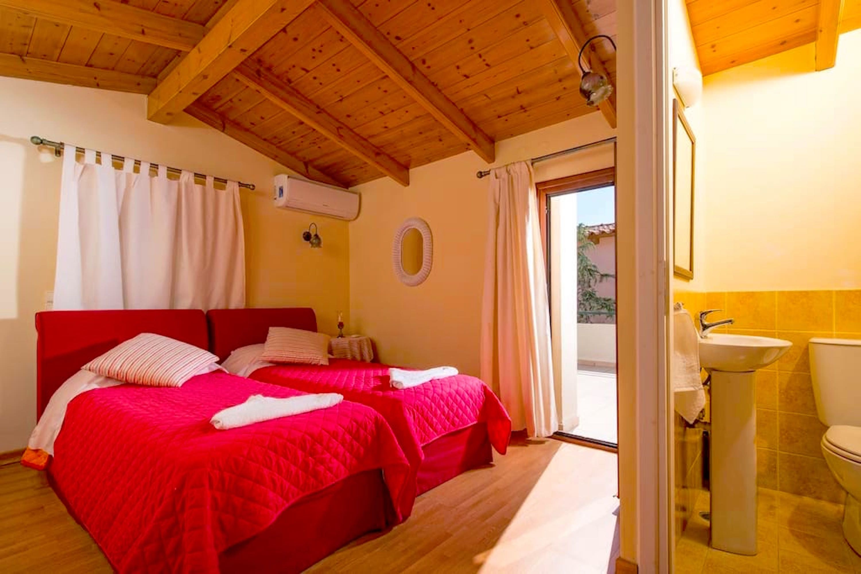 Ariadne Premium Villa