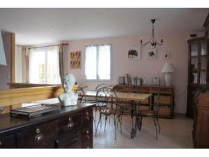 Huis LES SALLES-DU-GARDON